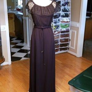 Apt 9, dress